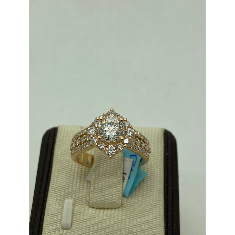 Jewelry Couture Exclusives Stunning 1.11CT Rose Gold Engagement Ring