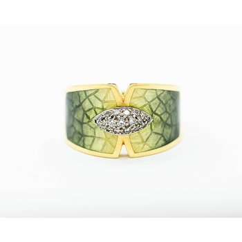 Yellow Gold Enamel Ring