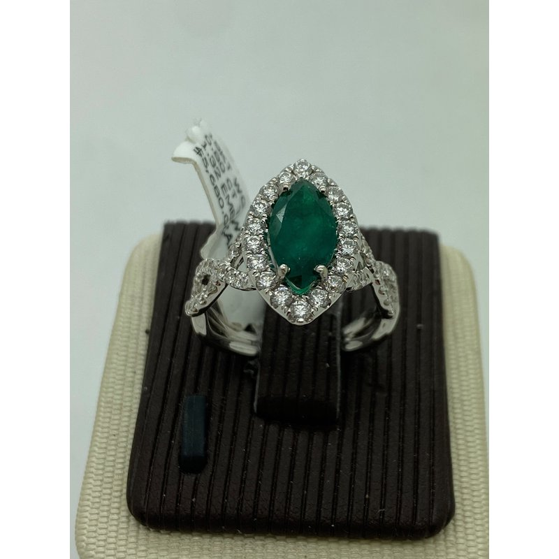 Jewelry Couture Exclusives Emerald and Diamond Ring