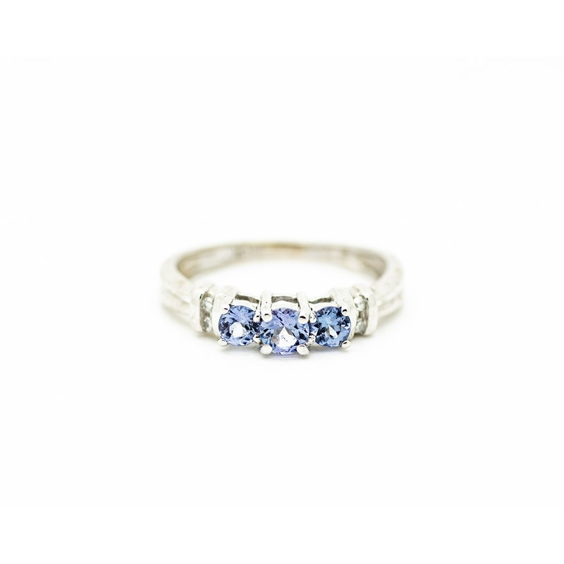 Jewelry Couture Exclusives 3 Stone Tanzanite Ring