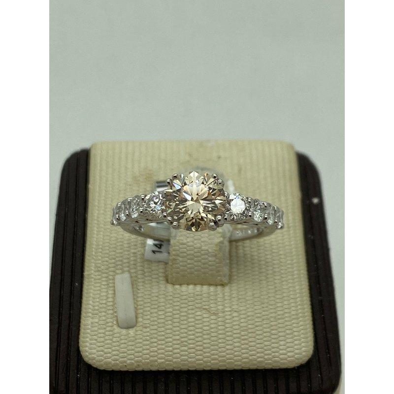 Stunning 1.57CT Engagement Ring