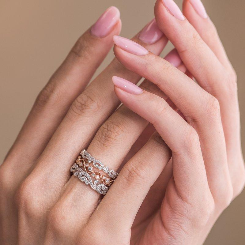 Lace Milgrain Diamond Swirl Wedding Band