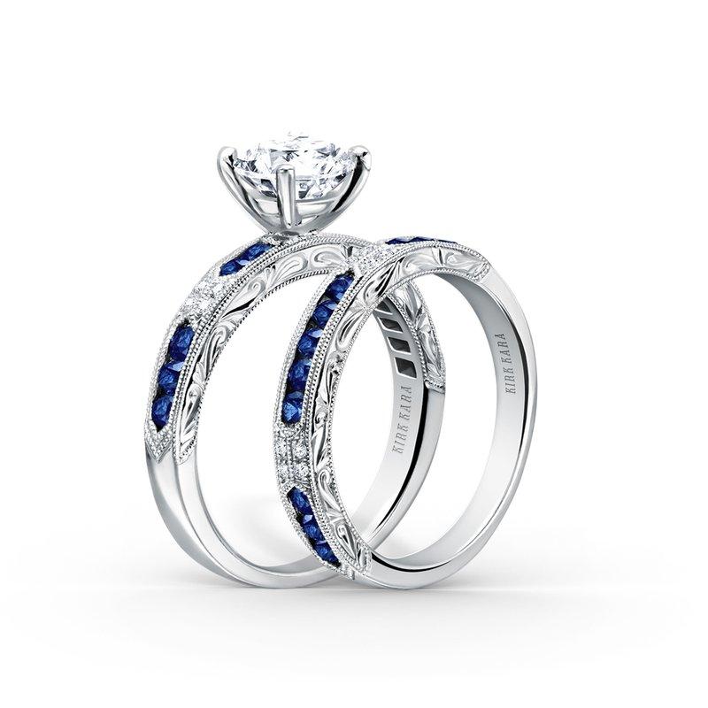 Blue Sapphire Diamond Solitare Engagement Ring