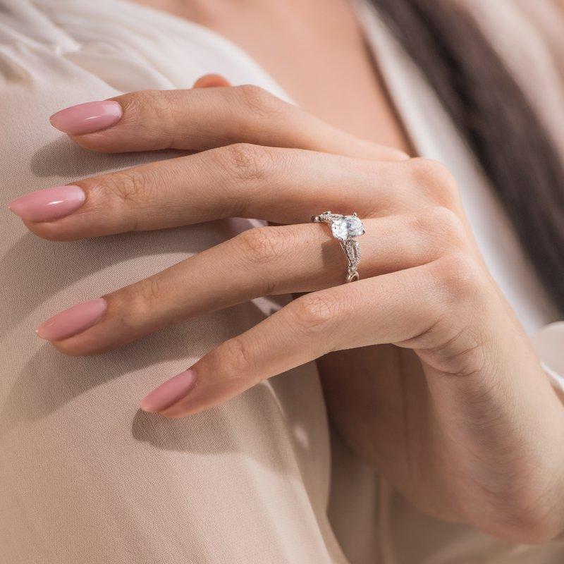 Paisley Swirl Oval Diamond Engagement Ring