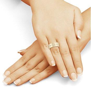 Diamond Daisy Ring