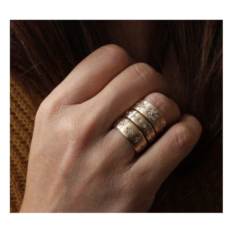 Barbela Design Diamond Daisy Ring