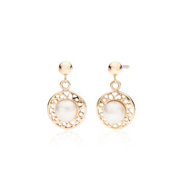 Tara's Pearl drop earrings