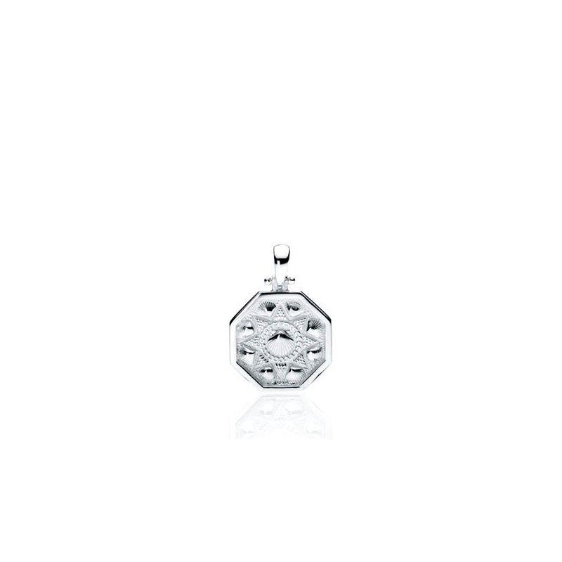 Small Scallop Shell Sailor's Valentine pendant