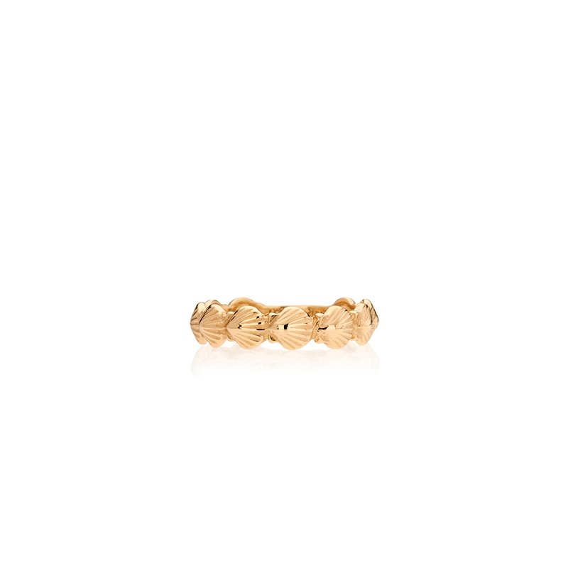 Tiny Scallop Shell ring