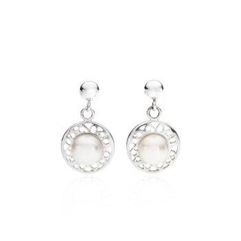 Tara's Pearl drop earrings