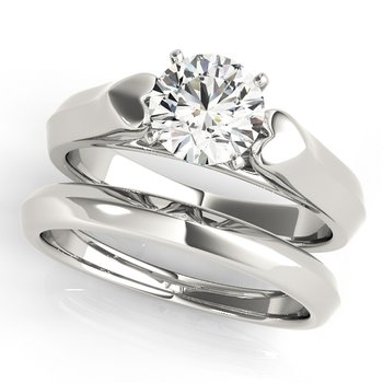 - Solitaire Round Diamond Engagement Ring and Wedding Band