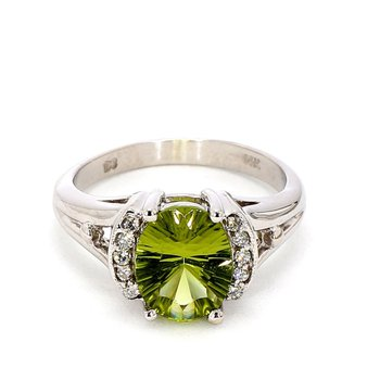 3.0ct Peridot & Diamond Ring