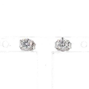 1/4 Carat Diamond Stud Earrings