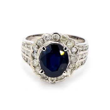 4 3/5ct Blue Sapphire & Diamond Halo Estate Ring
