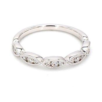 1/5ct Diamond Scalloped Design Ring