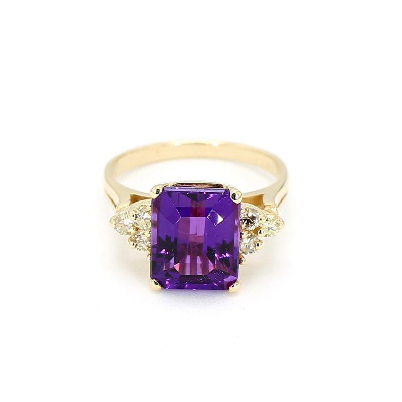 2.00 Carat Russian Amethyst And .08 Diamond Estate Vintage Ring