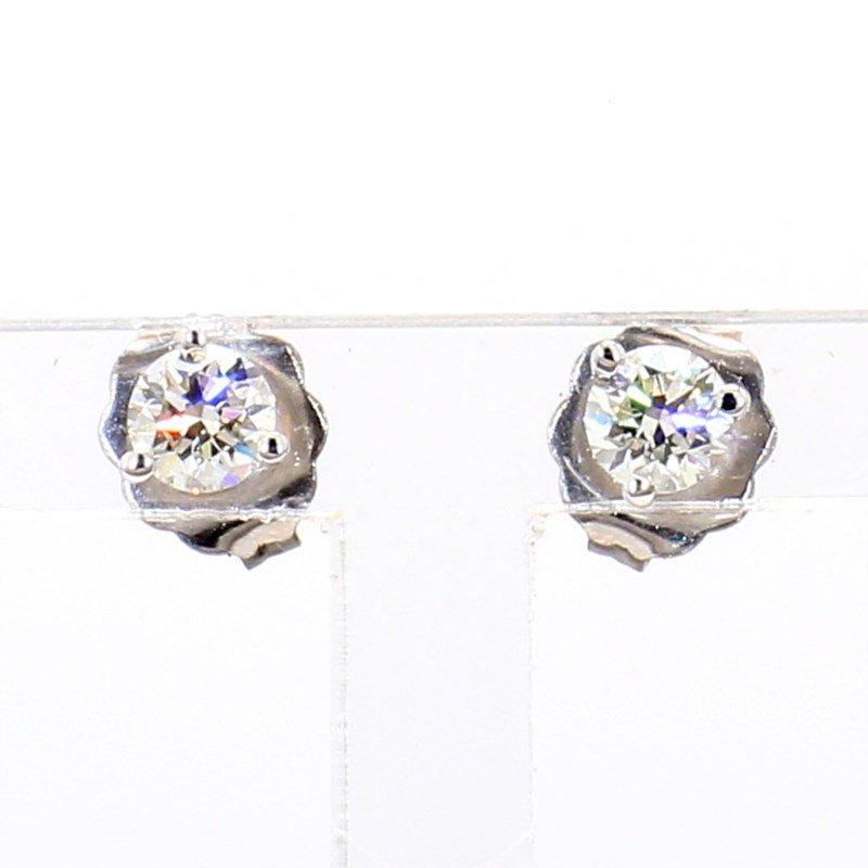 1/3 Carat Round Diamond Stud Earrings