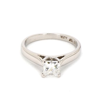 1.00ct Princess Cut Diamond Platinum Engagement Ring