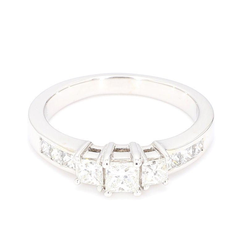 1.00 Carat Diamond 3 Stone Engagement Ring