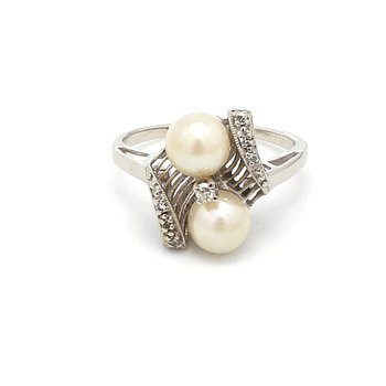 Antique Art Deco Pearl & Diamond Ring