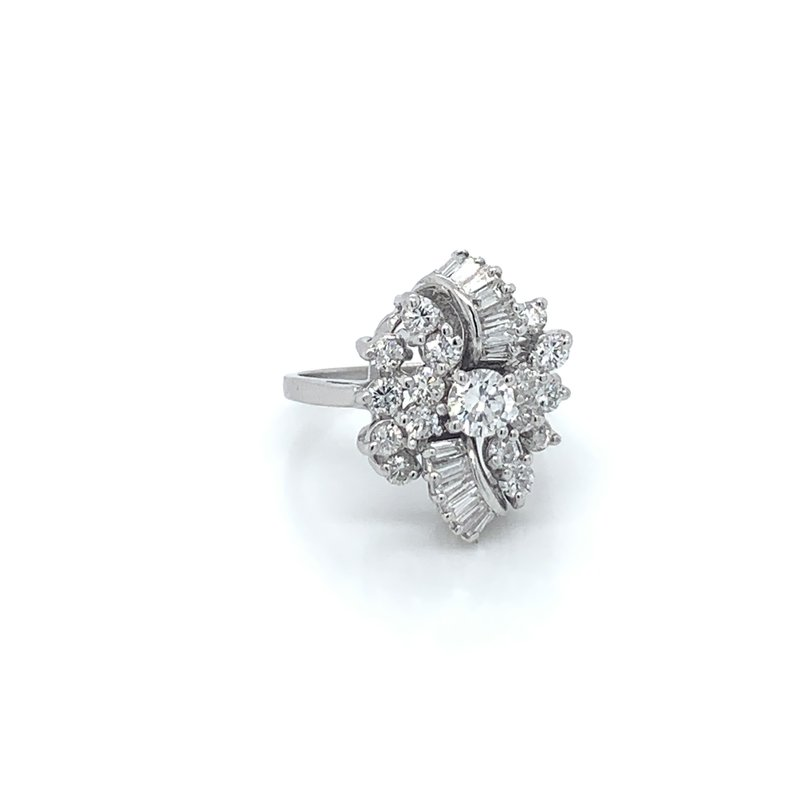 Ladies 1.50ctw Diamond Cluster Ring