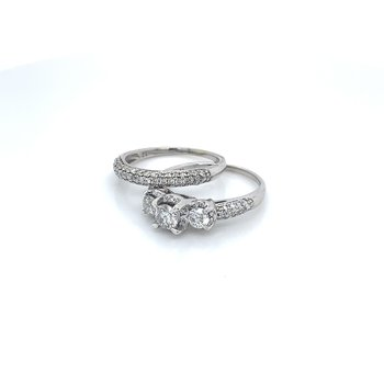 1.50ctw Diamond 3 Stone Bridal Set