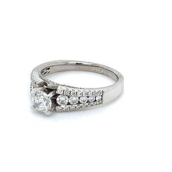 Ladies 1.00ctw Diamond Engagement Ring