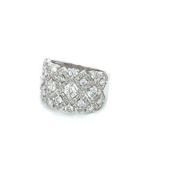 2.00ctw Ladies Diamond Cluster Ring