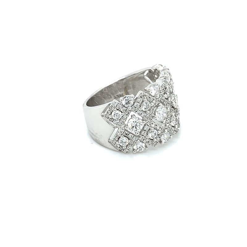 2.00ctw Ladies Diamond Cluster Ring