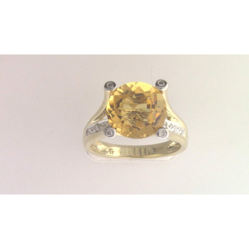 Pugh's Signature 14k Yellow Gold Citrine Quartz Ring