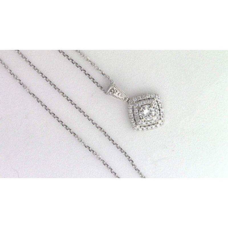 Pugh's Signature Ladies' 14k White Gold Diamond Pendat