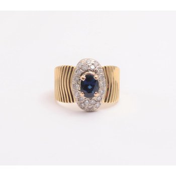 18k Yellow And White Gold Sapphire Ring