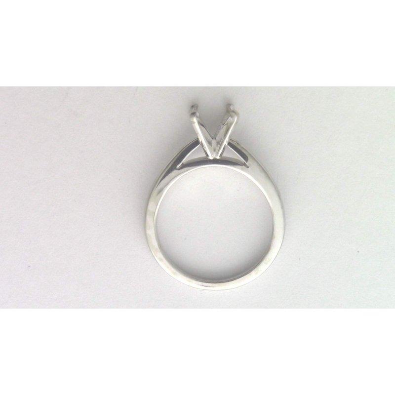 Pugh's Signature 18k White Gold Ring Mounting