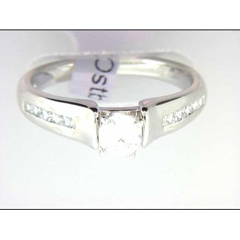 Ladies' 14k White Gold CZ Stome Ring