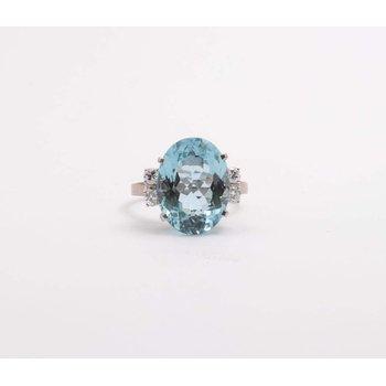18k White Gold Aquamarine Ring