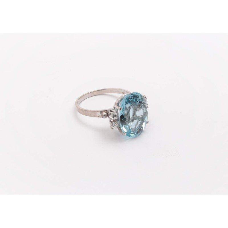 Pugh's Signature 18k White Gold Aquamarine Ring