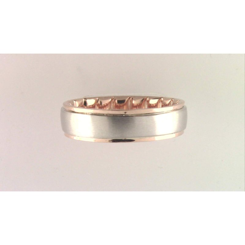 Pugh's Signature Gentlemans' 10k Yellow Gold Ring