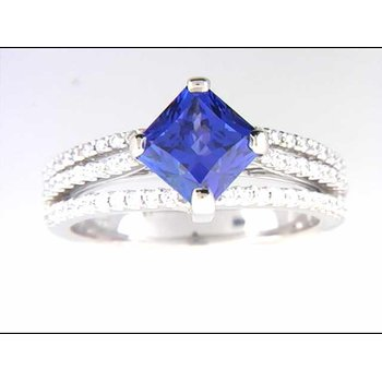 Ladies' 18k White Gold Tanzanite Ring