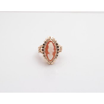 14k Yellow Gold Shell Cameo Ring