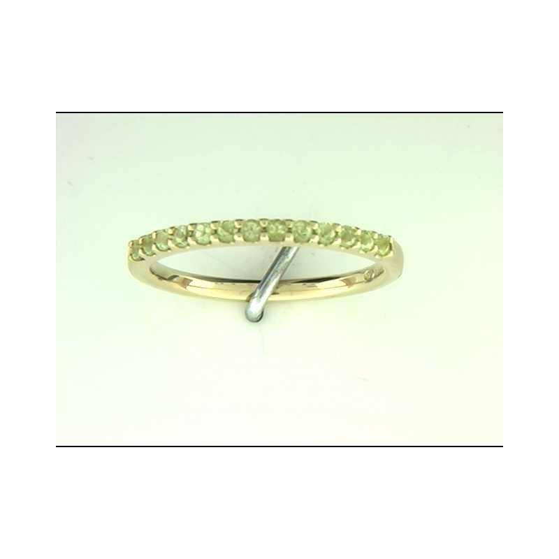 Ostbye Ladies' 14k Yellow Gold Peridot Ring