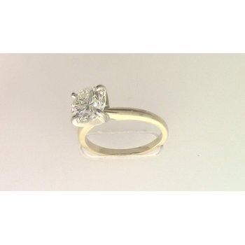 14k yellwo gold diamond solitaire ring