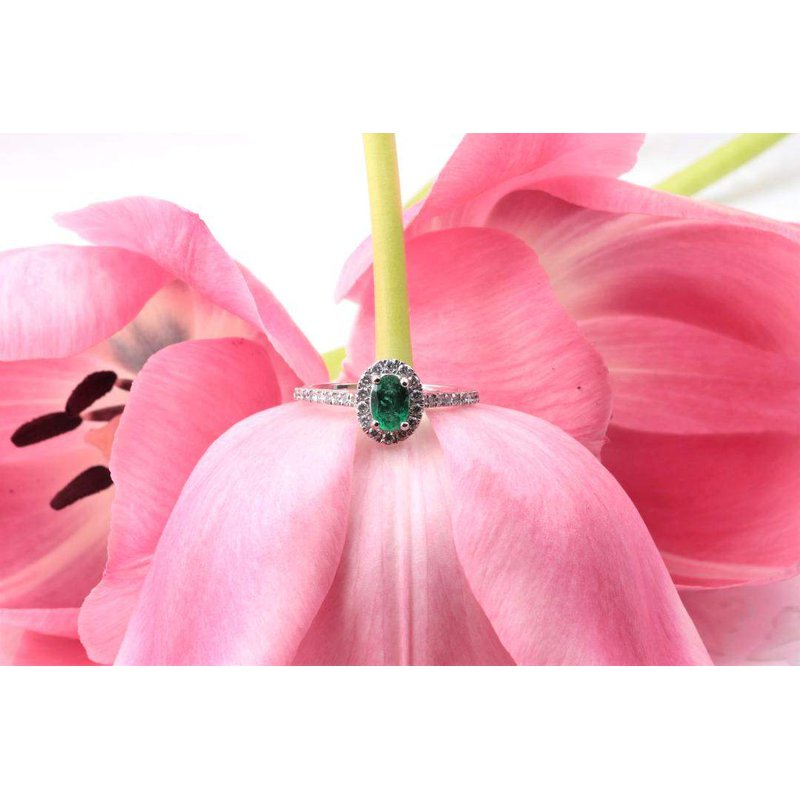 Pugh's Signature Ladies' 14k White Gold Emerald and Diamond Ring