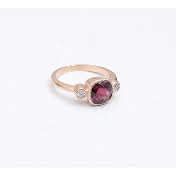 14k Yellow Gold Rhodolite Garnet Ring