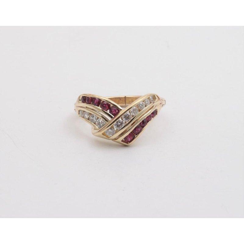 Pugh's Signature 14k Yellow Gold Diamond Ring