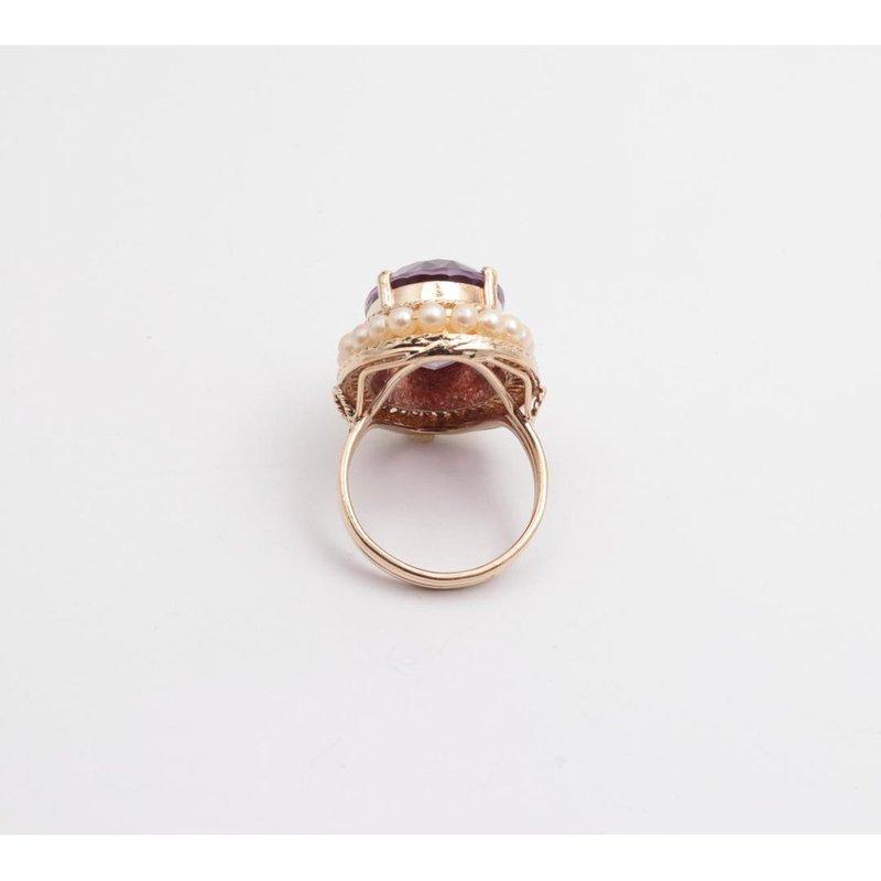 Pugh's Signature 14k Yellow Gold Amethyst Ring