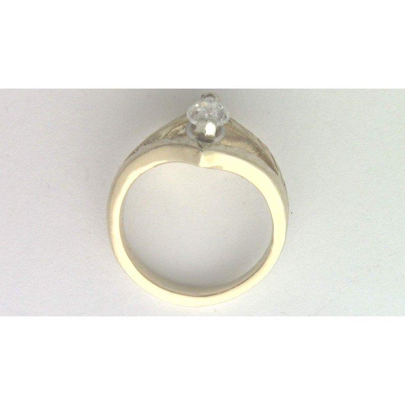 Pugh's Signature Ladies' 14k yellow gold marquise diamond ring.