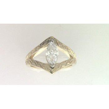 Ladies' 14k yellow gold marquise diamond ring.