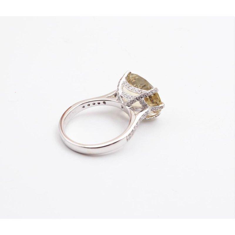 Pugh's Signature 18k White Gold Lemon Quartz Ring