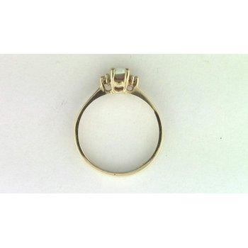 10k Yellow Gold Opal Ring