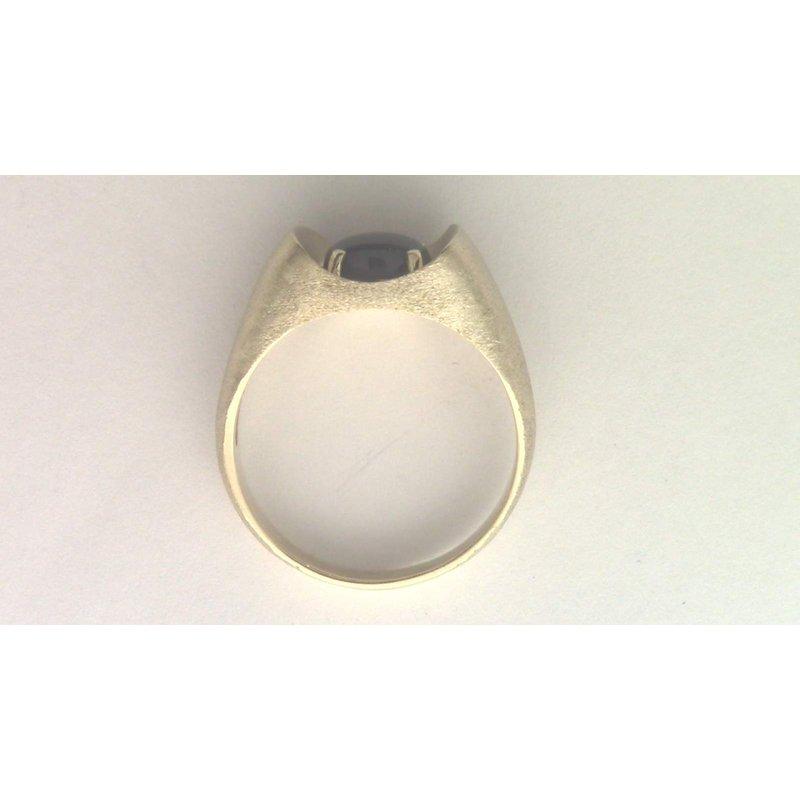 Pugh's Signature Gentlemans' 10k Yellow Gold Black Star Sapphire Ring